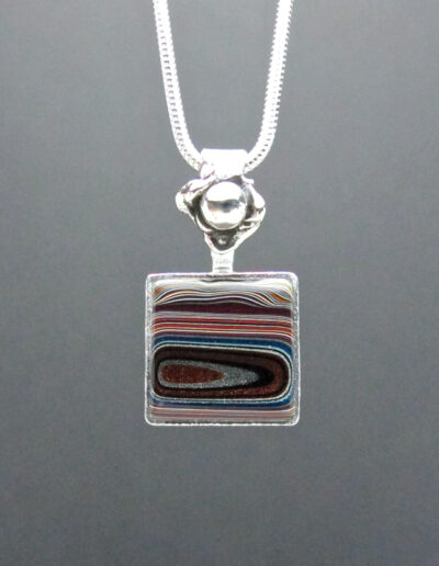 Sterling-Silver-and-Motor-Agate-Fordite-Necklace-1721-1