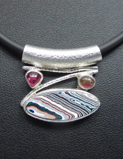 Sterling-Silver-and-Motor-Agate-Fordite-Necklace-1722-3