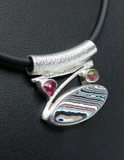 Sterling-Silver-and-Motor-Agate-Fordite-Necklace-1722-4