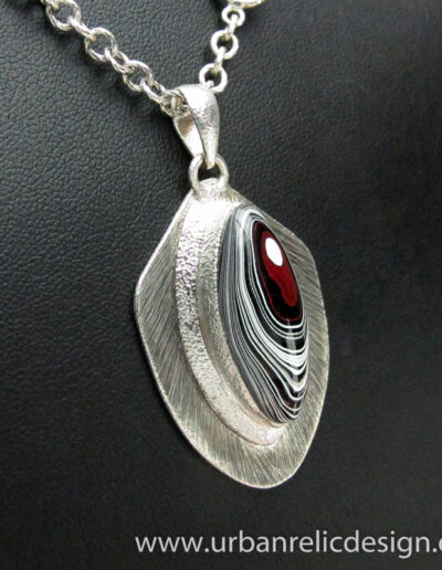 Sterling-Silver-and-Motor-Agate-Fordite-Necklace-1764-2