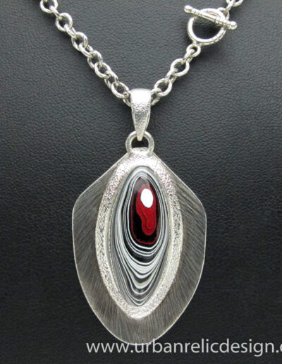 Sterling-Silver-and-Motor-Agate-Fordite-Necklace-1764-3