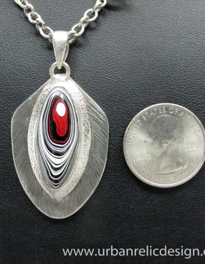 Sterling-Silver-and-Motor-Agate-Fordite-Necklace-1764-5