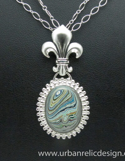 Sterling-Silver-and-Motor-Agate-Fordite-Necklace-1766-3