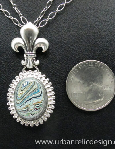 Sterling-Silver-and-Motor-Agate-Fordite-Necklace-1766-5
