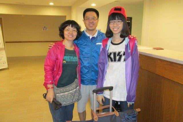 Jessica Jia (right) from Beijing with her parents. Welcome!