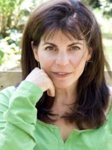Anne Alyse Ostis Headshot