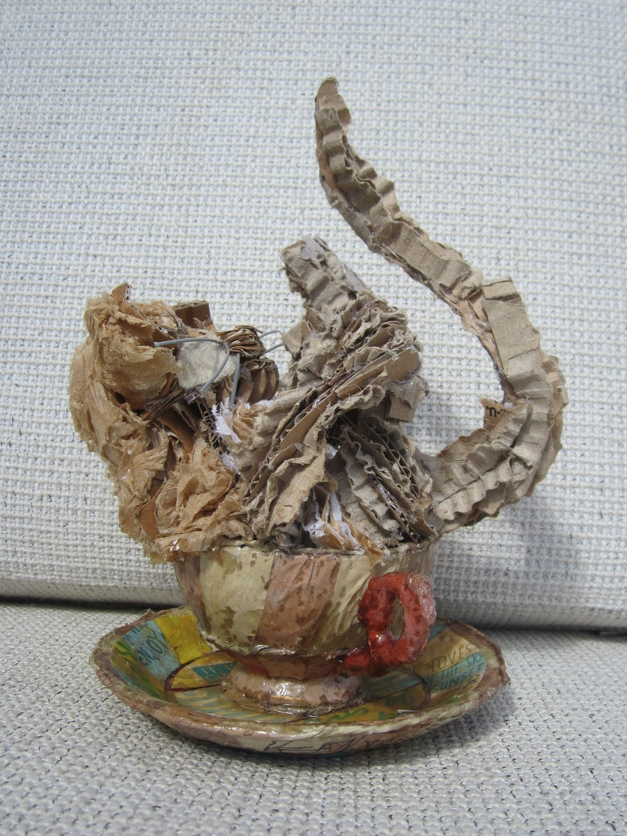 karen_garrett_rcl_sculpture_kitten_kaboodle_teacup_view2