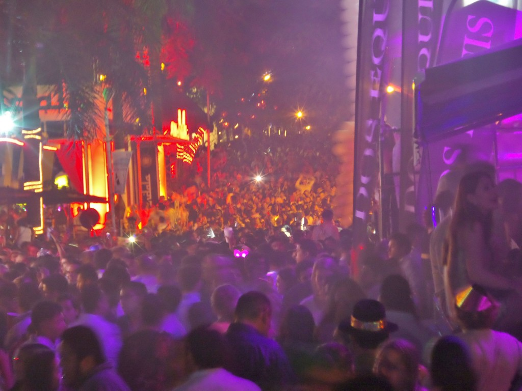 12th Street in Playa Del Carmen packed for New Years Eve