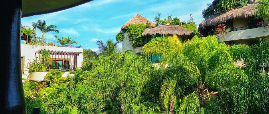 El Taj Beachside