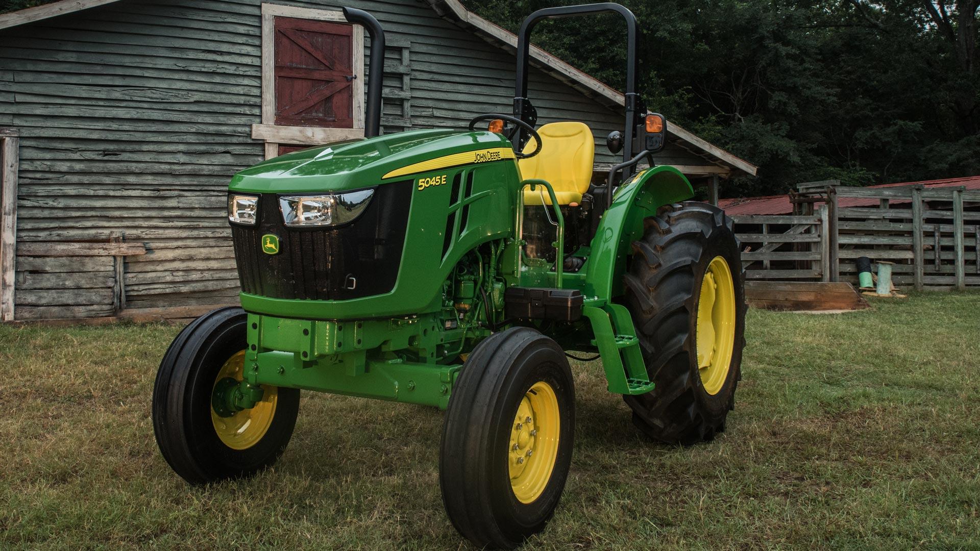 5e-tractor-r4g041273-1920x1080