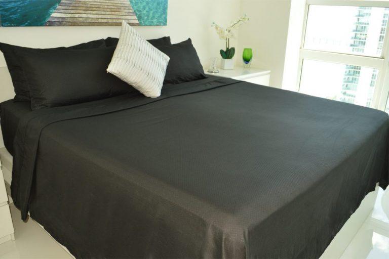 VV-BLACK-BEDROOM-SETUP-1024x683