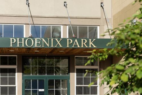 Phoenix Park Front Sign