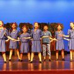 Duloc performers