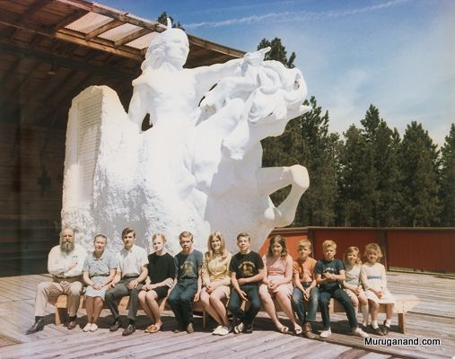 2007+CAD+Pg+50+Ziolkowski+family+at+model