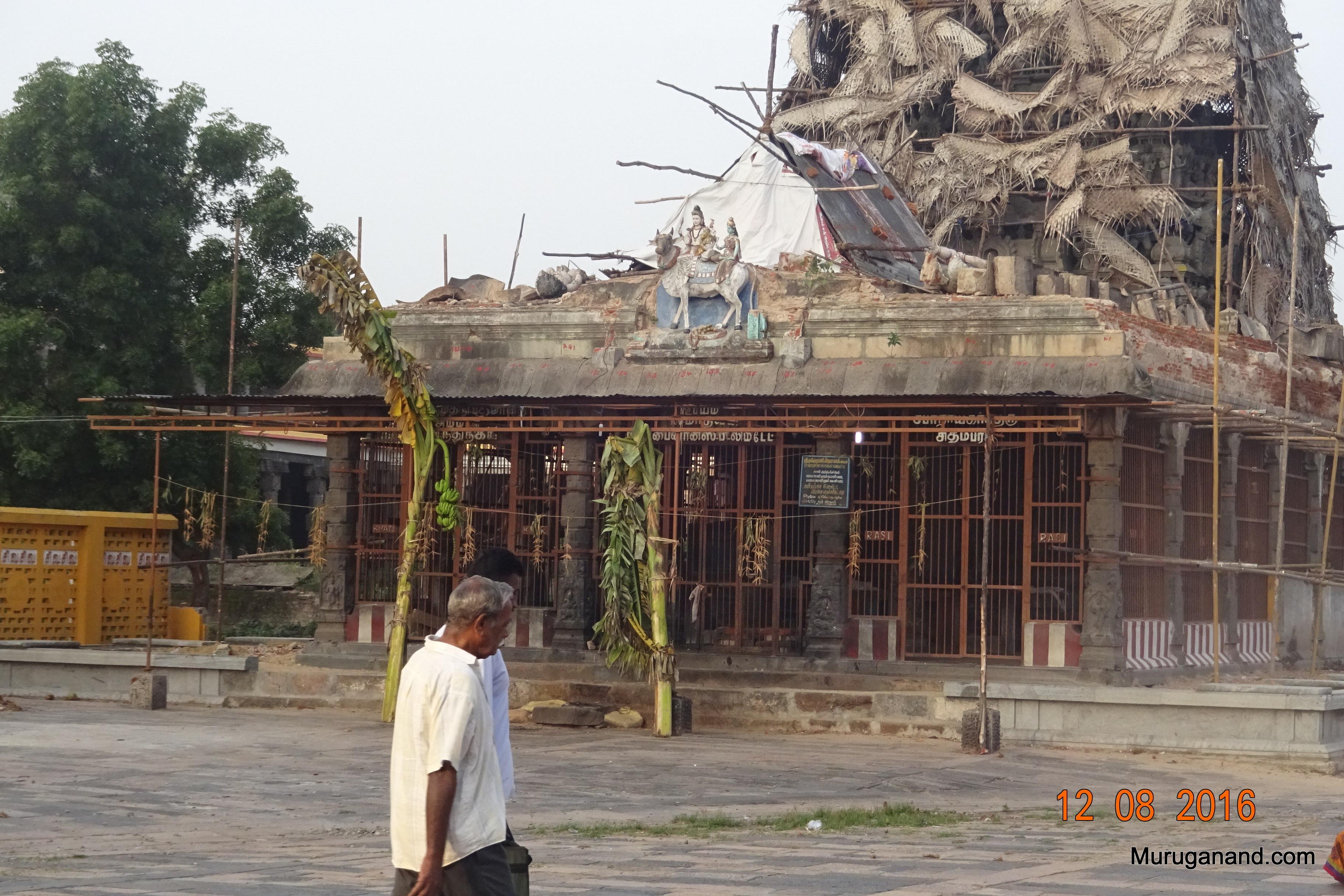 Mukkuruni Vinayakar Shrine.Large Vinayakar- 8 ft tall
