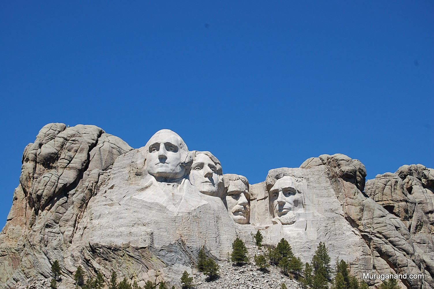 Each face is 60 ft tall and they are at an altitude of 5500 ft.