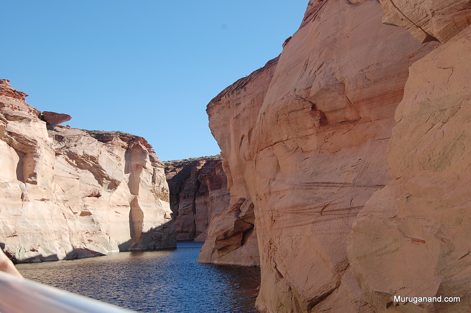 Canyon narrows and we return from this point.