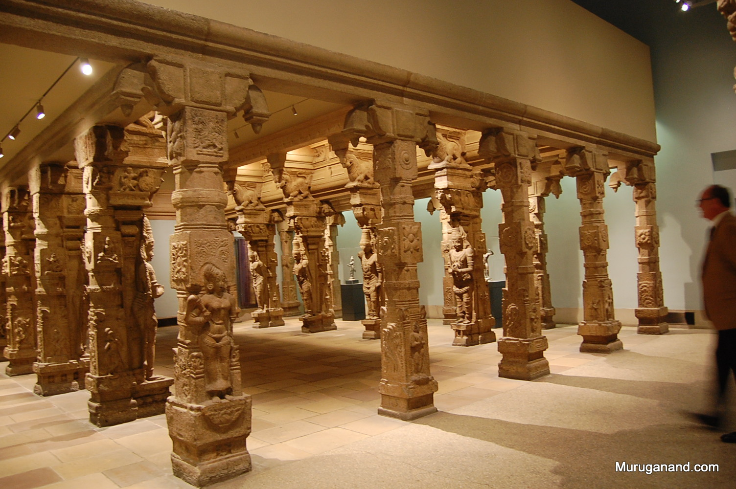 Additional row of pillars is seen in the photo taken diagonally.
