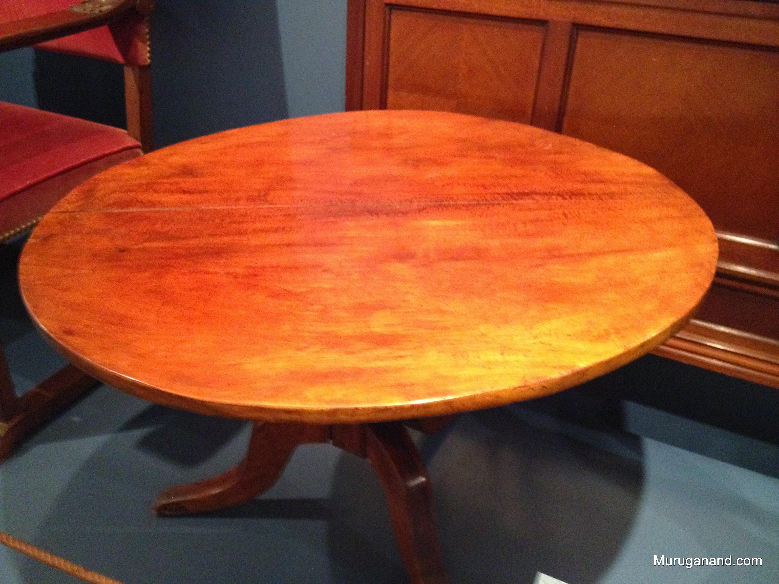 Cherry Table (1830)
