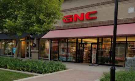 Kansas City GNC at Legends Outlet inspection finds over 200 winged insects, Person in charge  using apple cider vinegar to catch insects