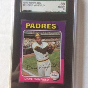 1975 Topps Mini Baseball Card 61 Dave Winfield