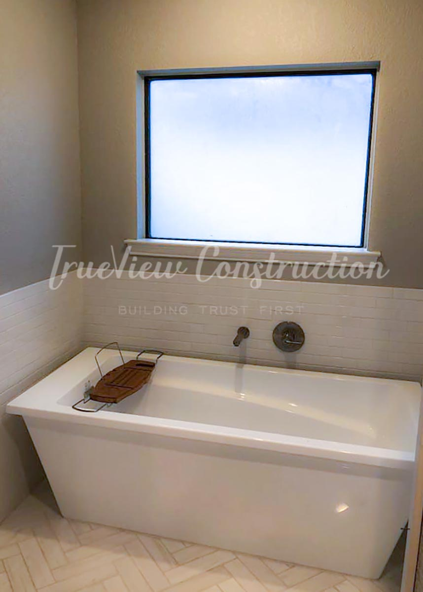 Bathroom Soaker Tub