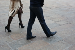 people-walking-in-the-streets-1427382-m