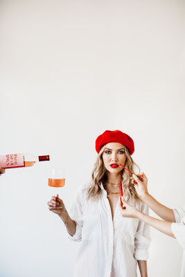 Former Bachelorette Kaitlyn Bristowe Launches 'Spade & Sparrows' Wine In Canada