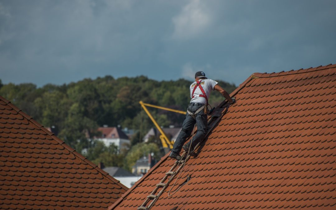 5 Key Questions to Ask a Roofer Before Hiring