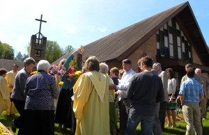 Traditional Service Decorating the Cross