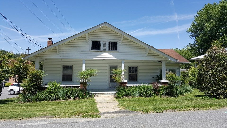 Front R. House - community mission