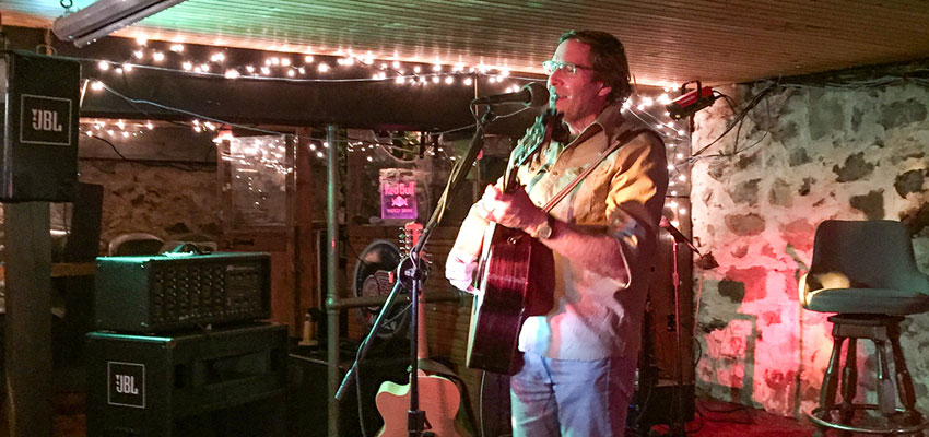 live music at the pentwater village pub