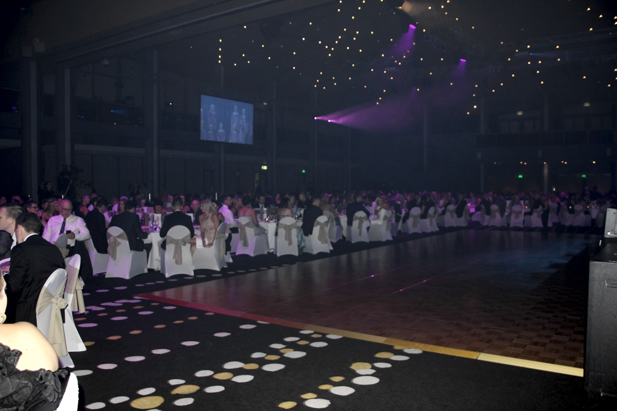 Minnik Chartered Accountants - Australia Zoo - The Dancefloor