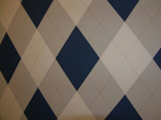 Argyle Pattern for Accent Back Wall