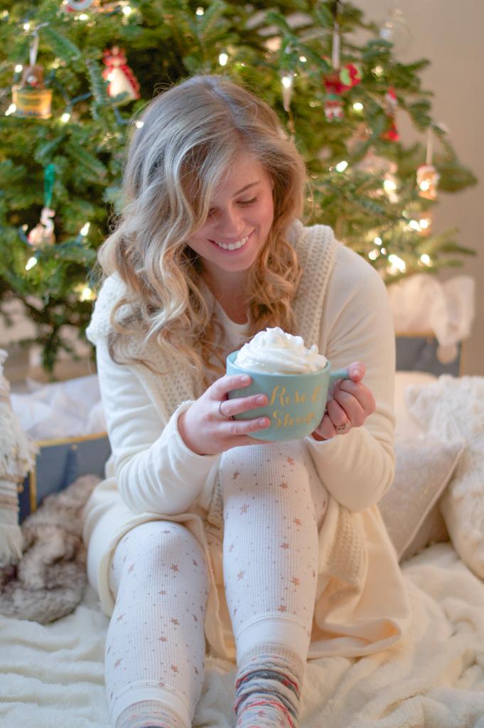 louella-reese-christmas-pajamas-11-of-17