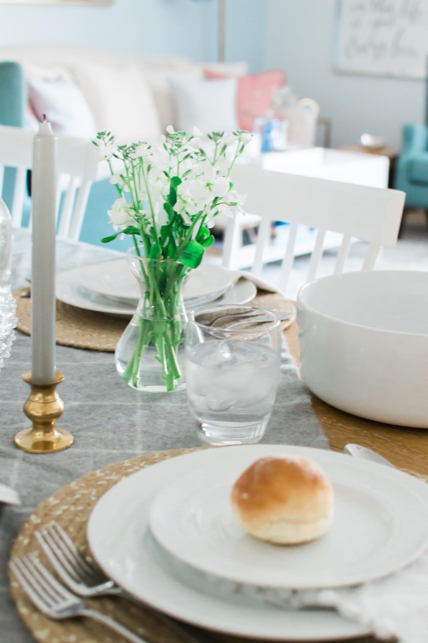 Friendsgiving Tablescape | Feminine Friendsgiving | Louella Reese Life & Style Blog