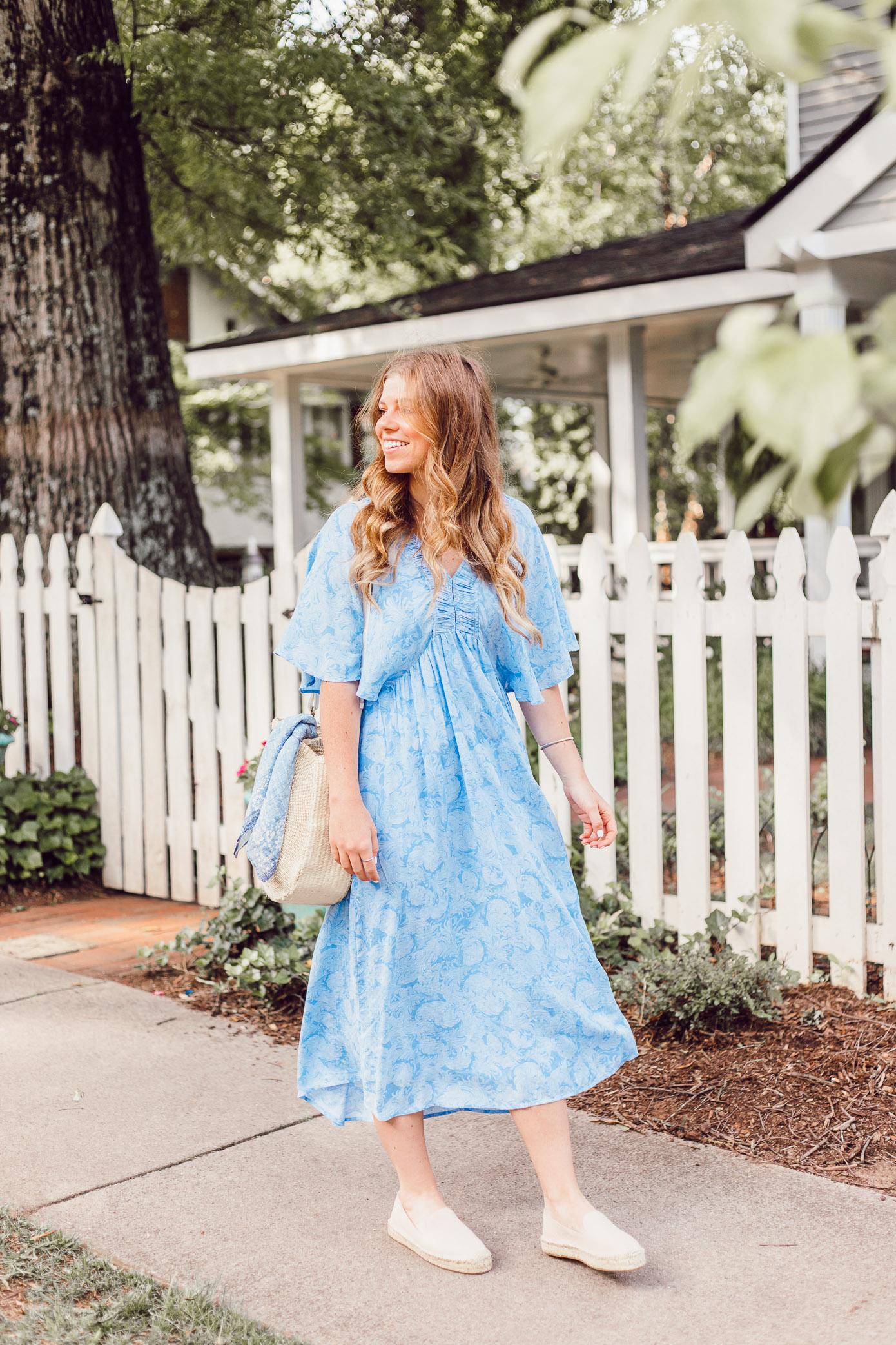 Easy Summer Dresses   Blue Kimono Dress for Summer styled on Louella Reese