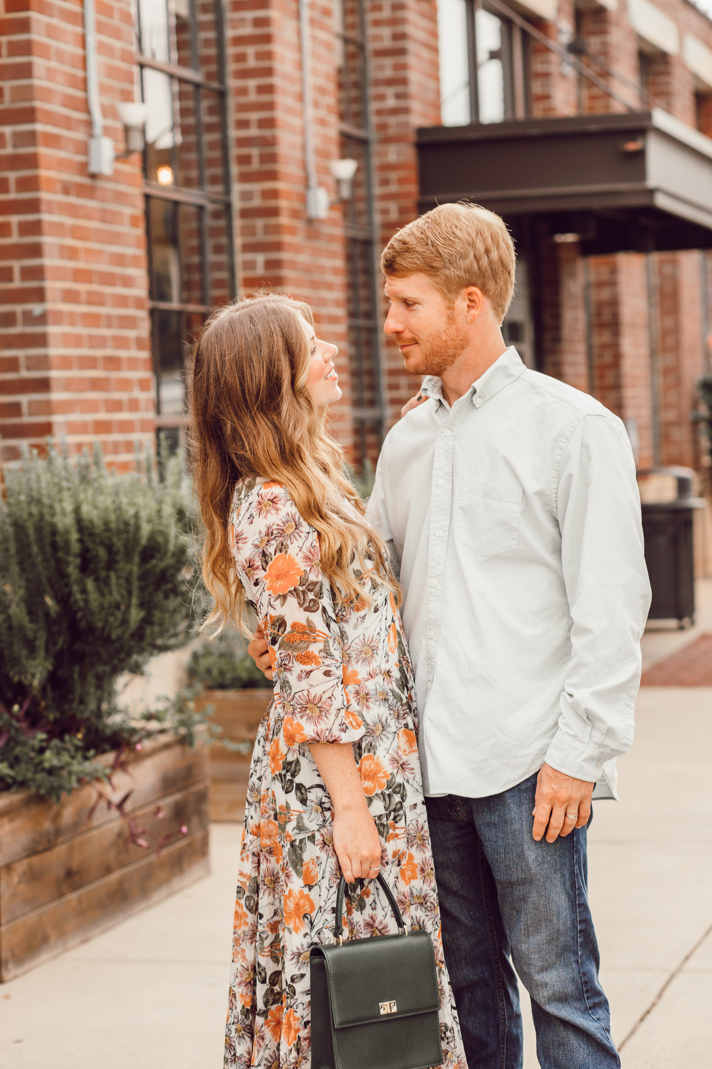 Five Ways to Step Up Your Date Night Beauty Game | Date Night Beauty Tips featured on Louella Reese Blog