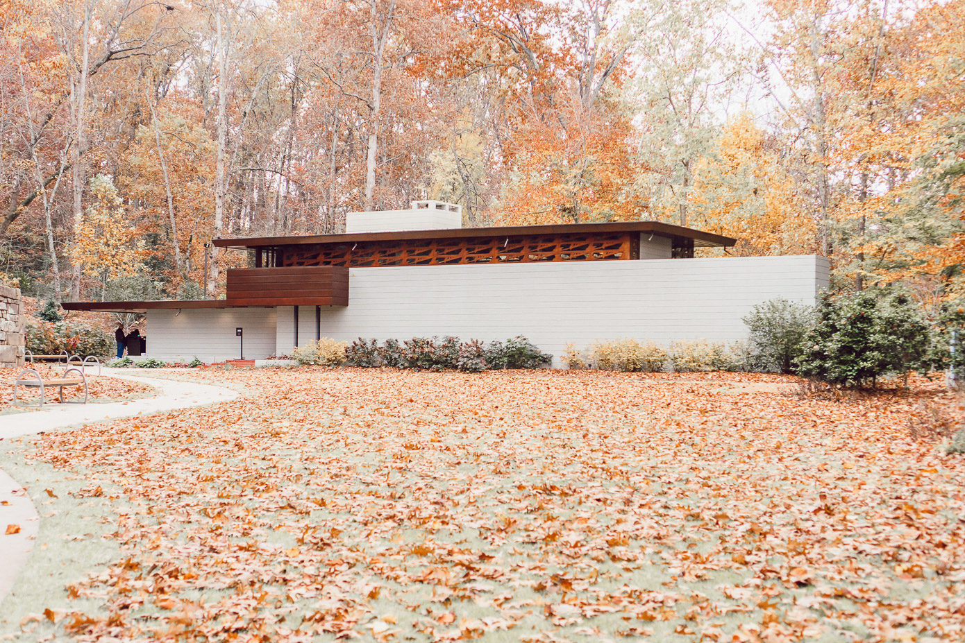 Frank Lloyd House | Bentonville Arkansas Travel Diary featured on Louella Reese | Unexpected Long Weekend Getaway