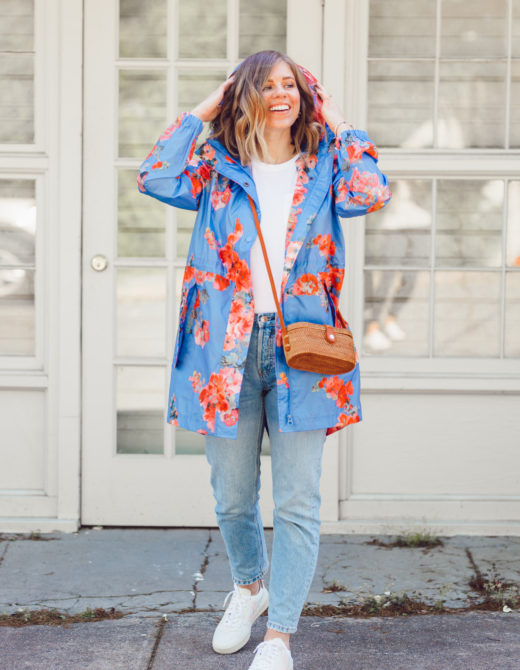Spring Showers: What to Wear on a Warm Rainy Day | ft. Joules, Everlane, Vejas | Louella Reese