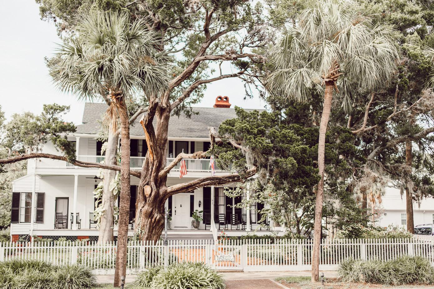 Explore Downtown Fernandina Beach | Louella Reese