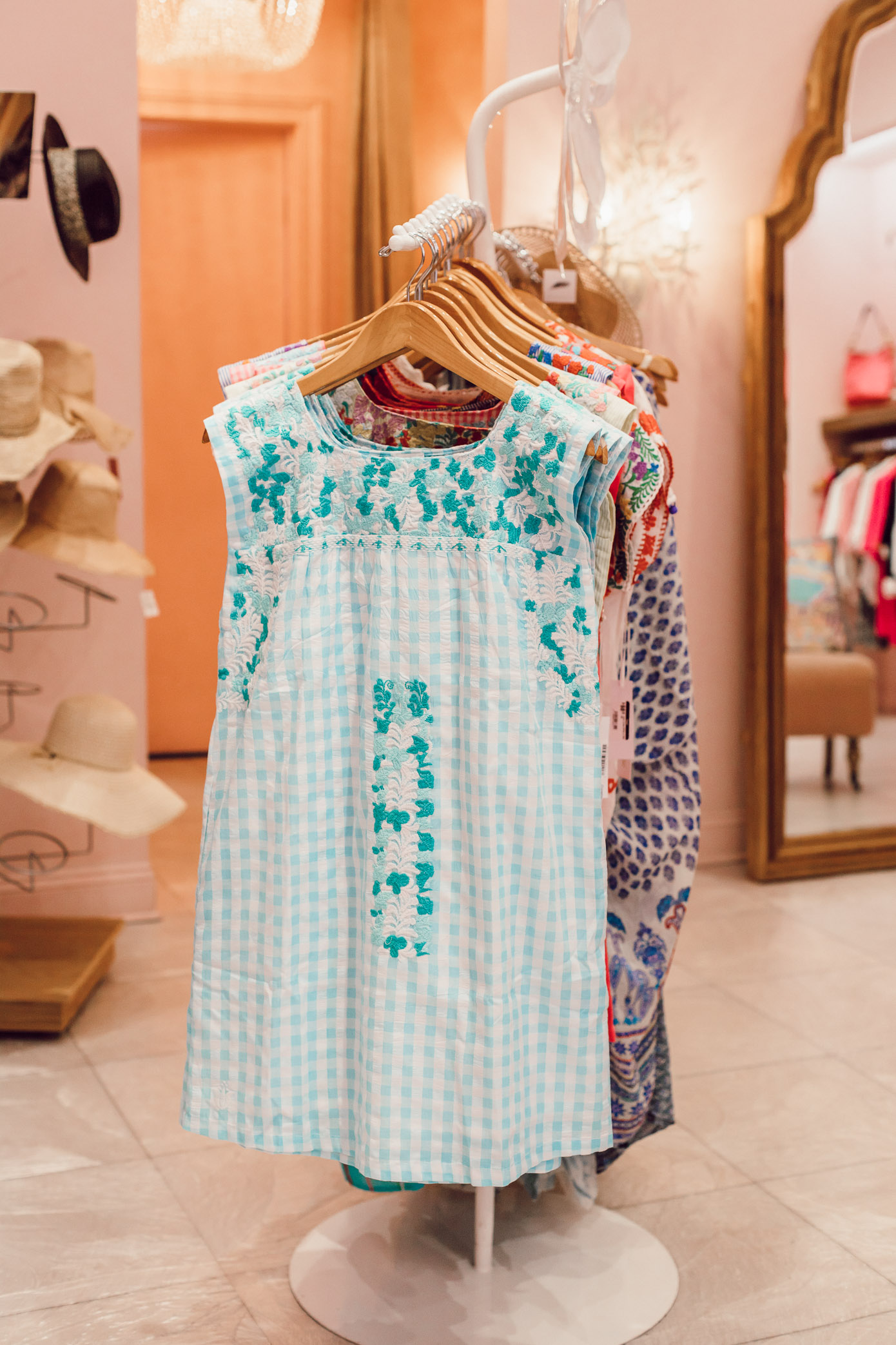 Where to Shop in Amelia Island | Pearl | Louella Reese