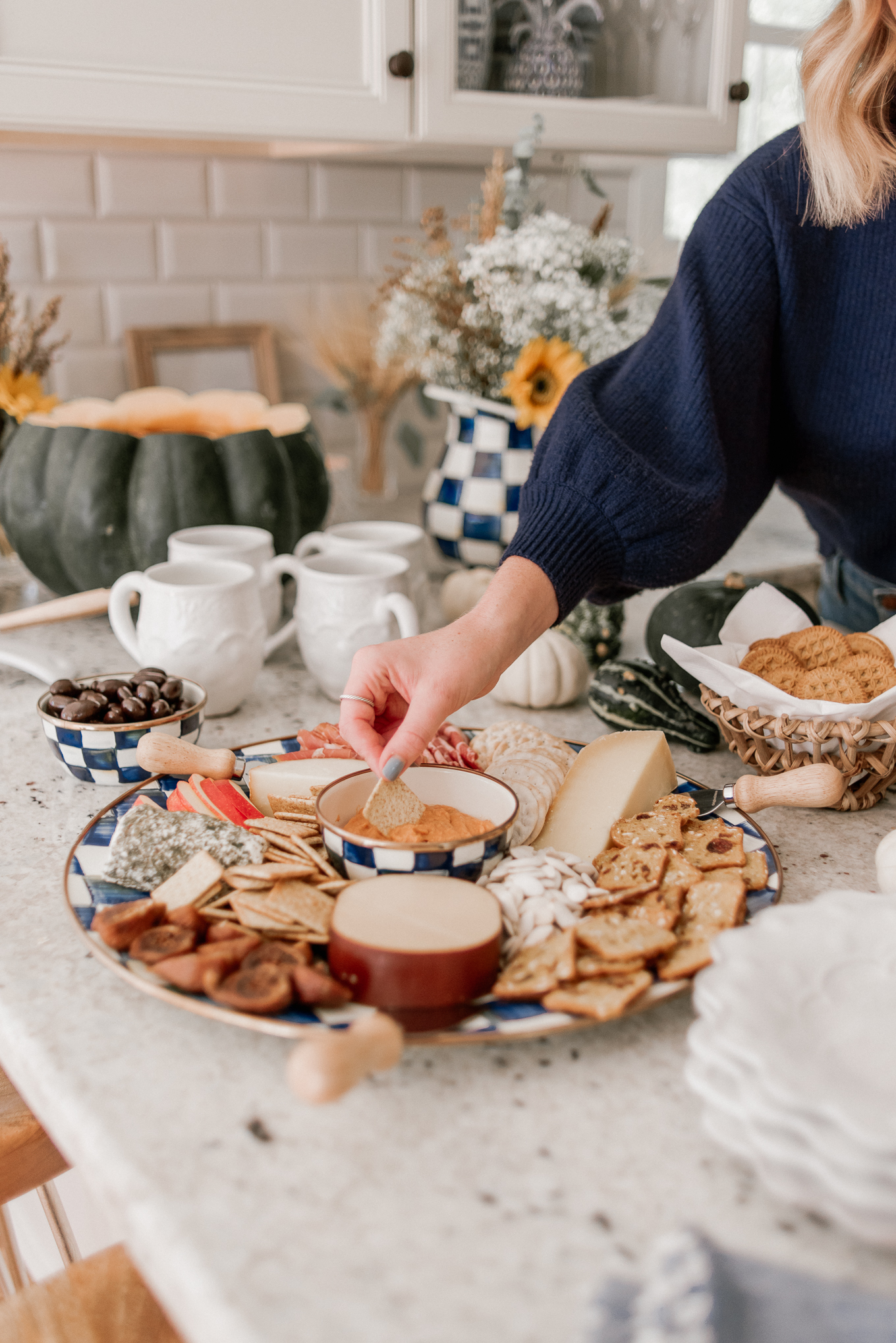 How to Make the Perfect Fall Charcuterie Plate (or Board) | Fall Charcuterie Board | Louella Reese
