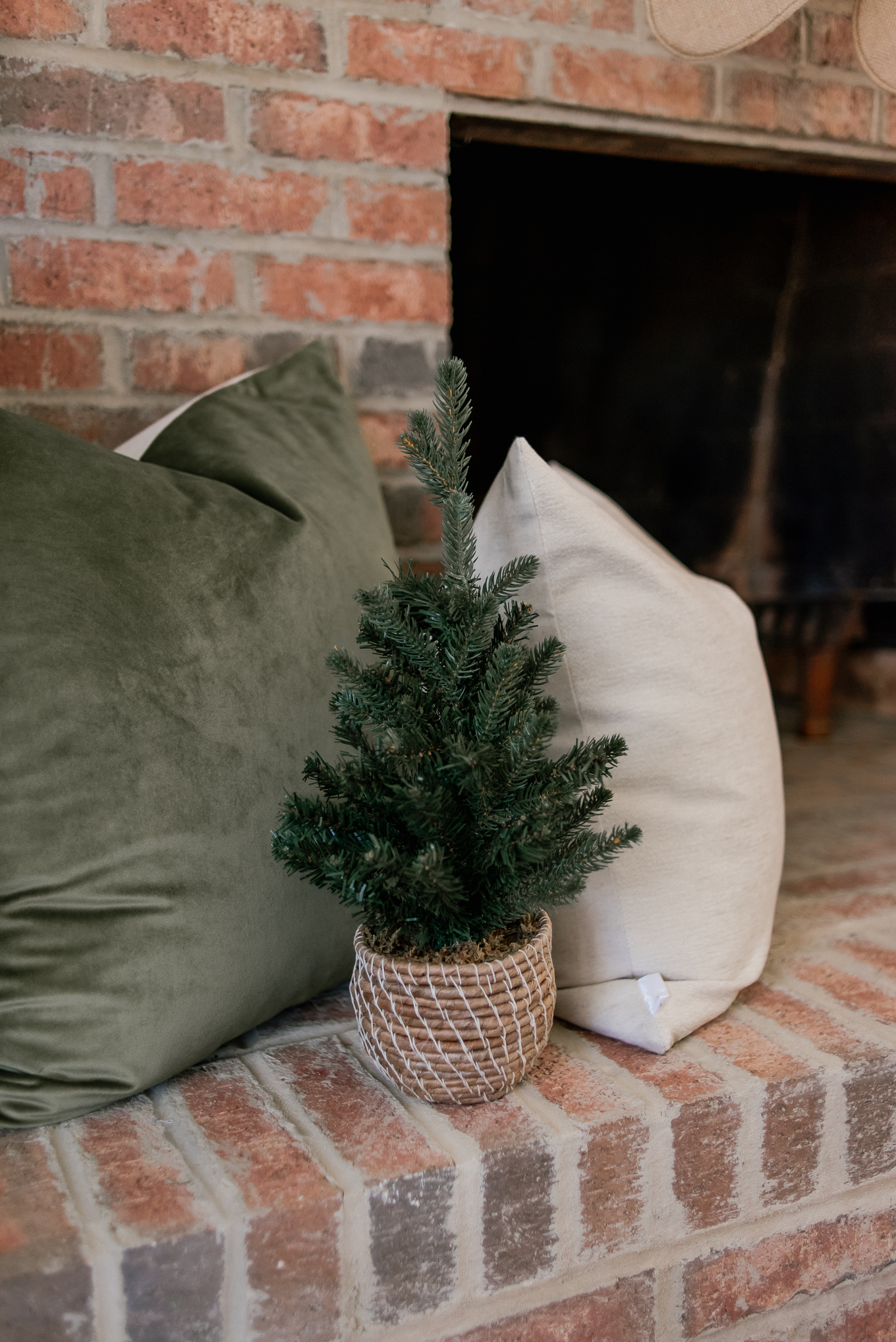 Cozy Christmas Decor | Fireplace Christmas Decor | Louella Reese