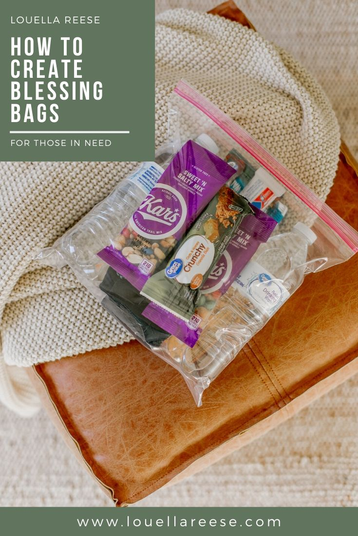 How to Create Blessing Bags for those in need | Louella Reese #blessingbags #givingback #community