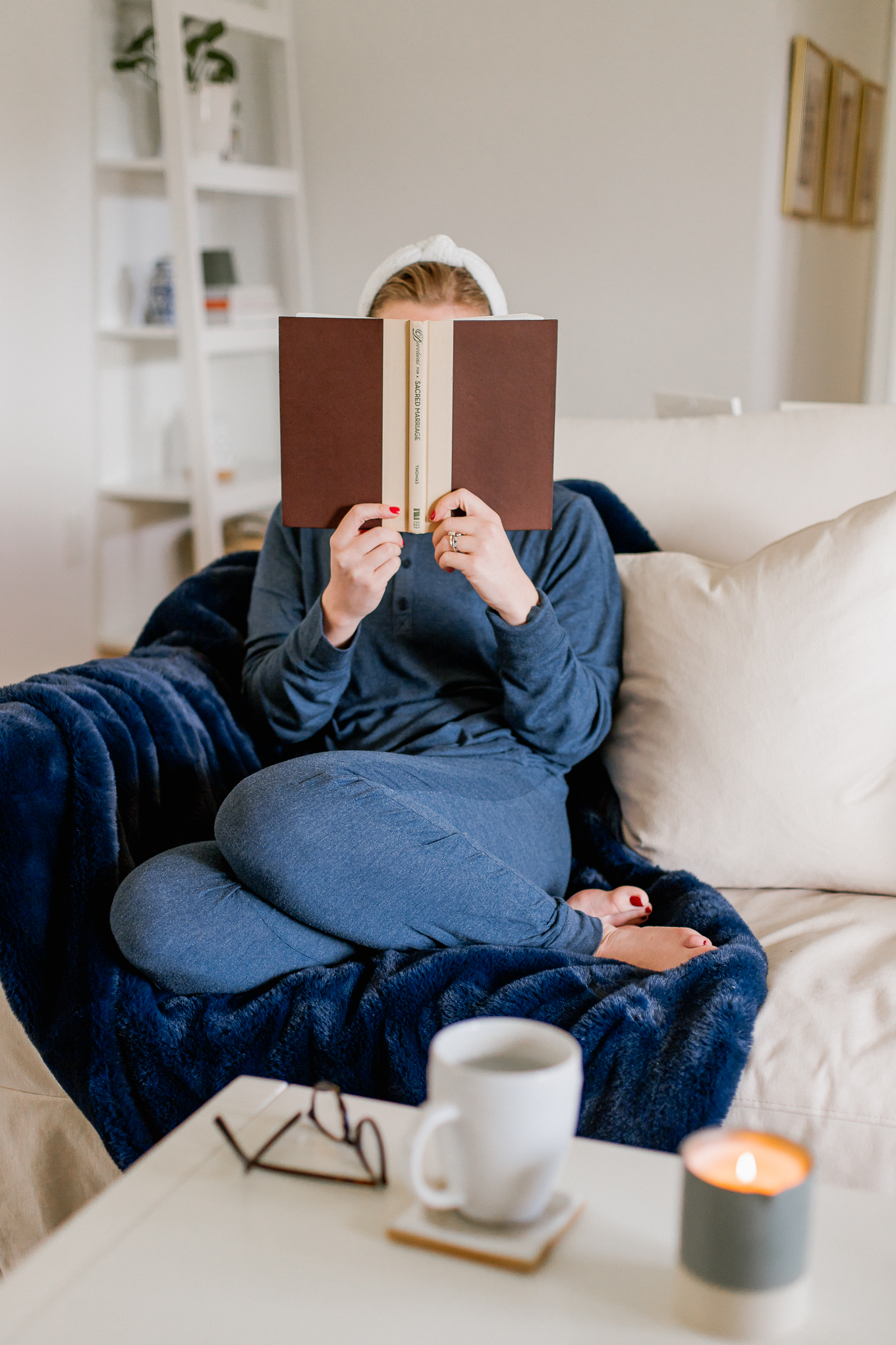 Couples Books to Read together at every stage of your relationship | Louella Reese