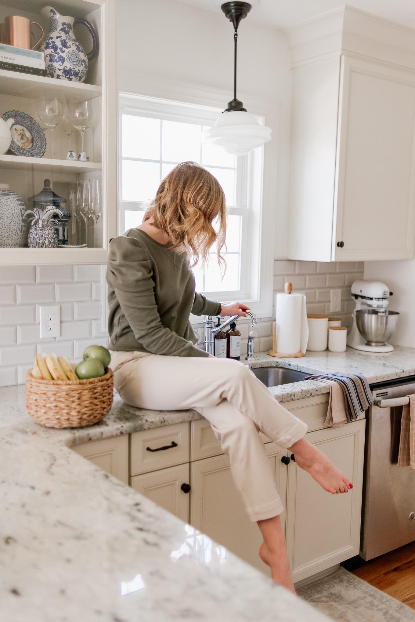 Kitchen Light Pendants, Modern Farmhouse Pendant Light | How to Decorate Your Kitchen | Louella Reese