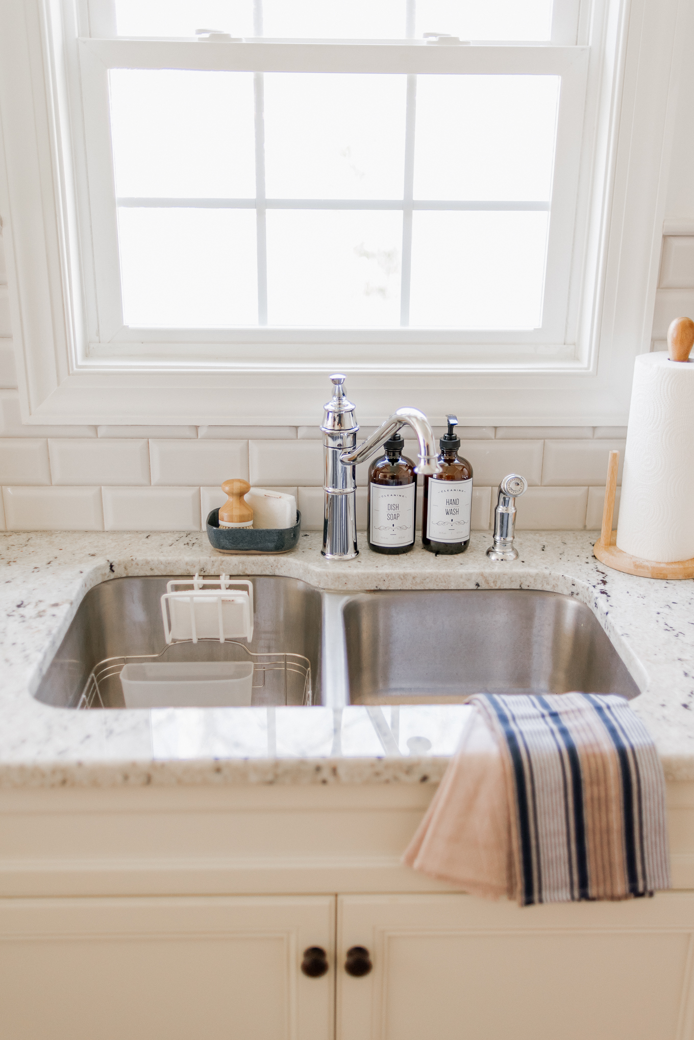 How to Keep Your Kitchen Sink Organized and Clean | Louella Reese
