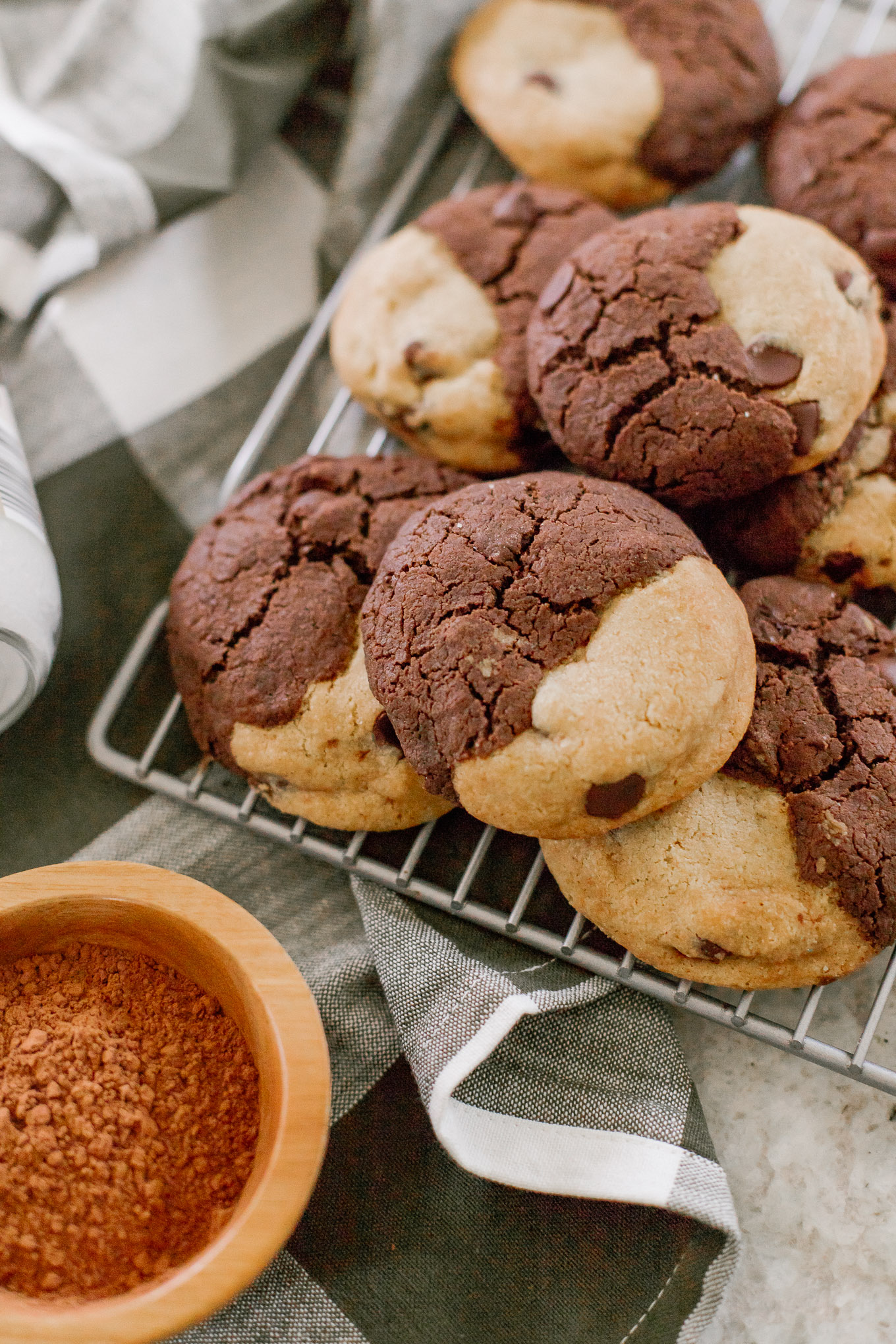 How to Make Your Favorite Chocolate Chip Cookies with Coconut Oil | Louella Reese