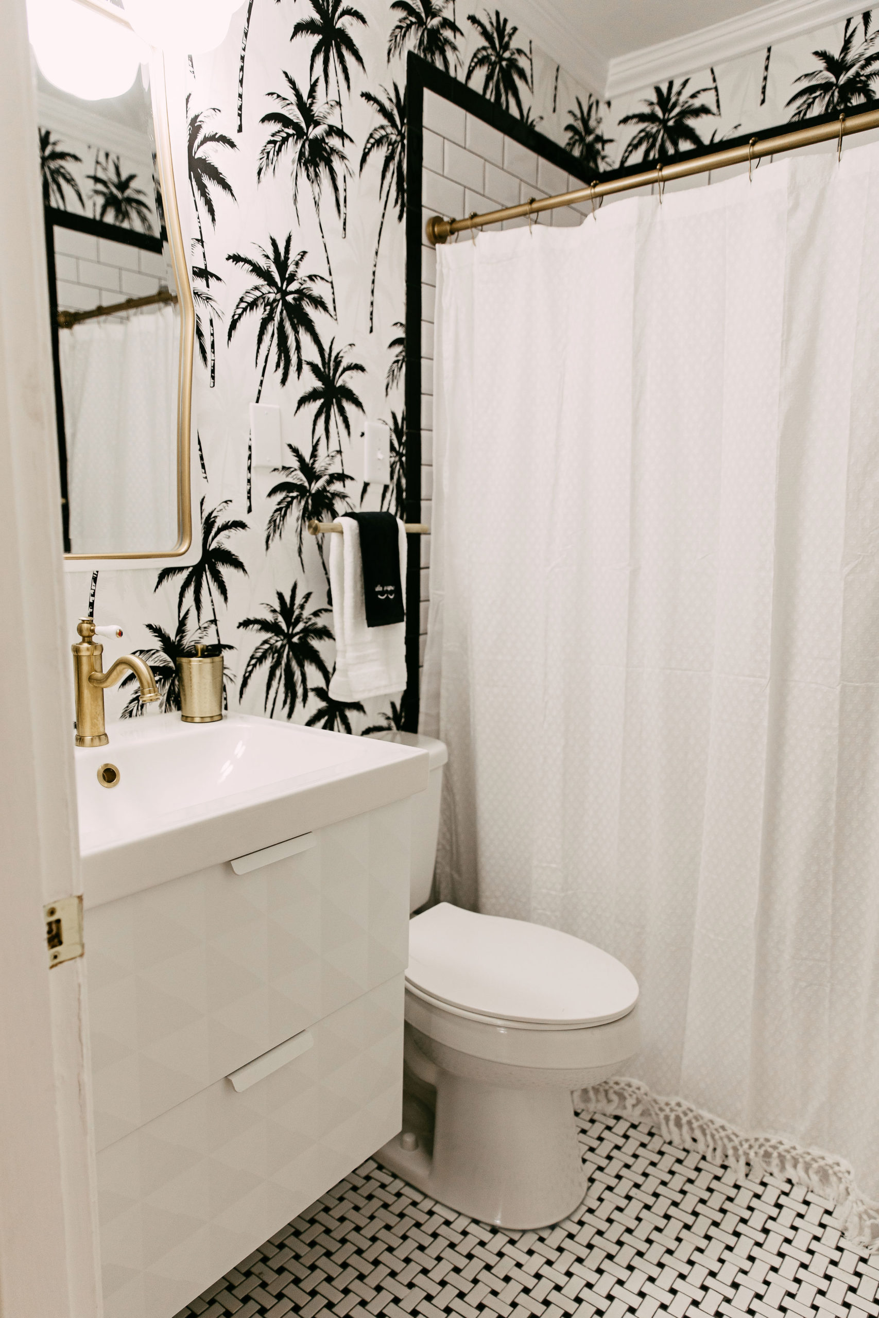 Instagram-worthy AirBNB properties to visit | Black and White Palm Tree Wallpaper | Louella Reese